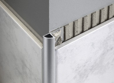 Aluminium closed quad trim floor wall solutions for Baguette laiton carrelage